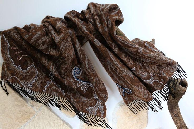 uncinetto moda e fantasia:  sciarpa in lana con ricami ad uncinetto in seta e...