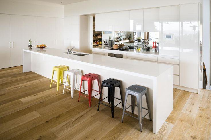 Kitchen benchtops melbourne rosemount kitchens - Kitchen Designs Melbourne Painted Kitchen With A High Gloss Finish