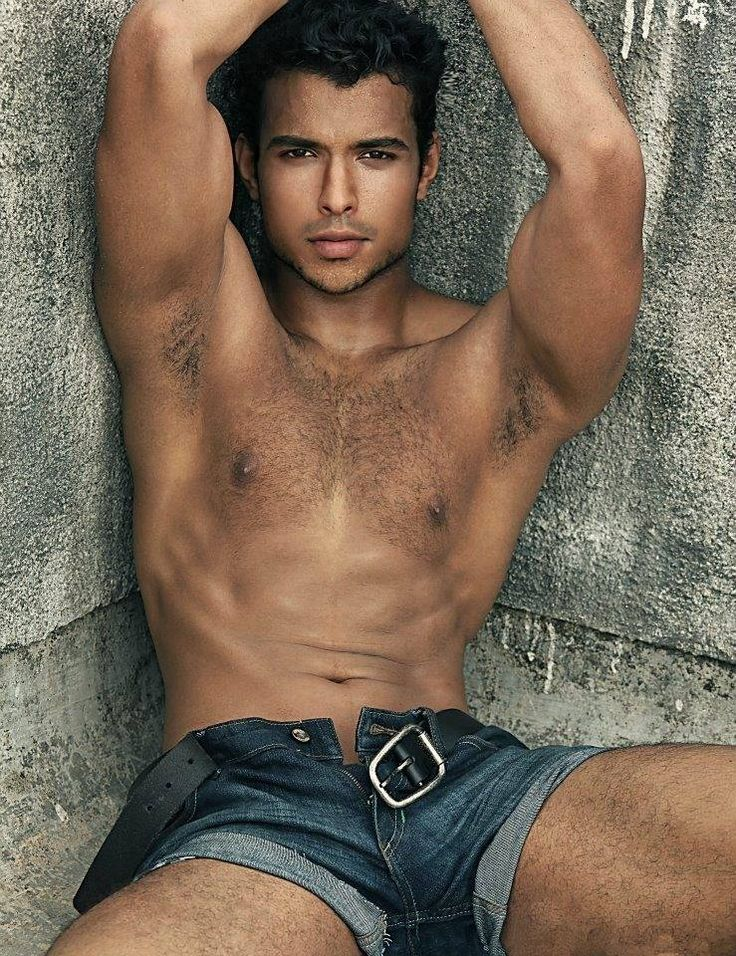 Naked mexican male models, peter dominic met art