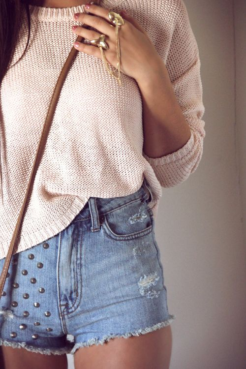 : Soft Pink, Gold Rings, Highwaist, Mom Jeans, Denim Shorts, Jeans Shorts, Knits Sweaters, Spring Outfits, High Waist Shorts