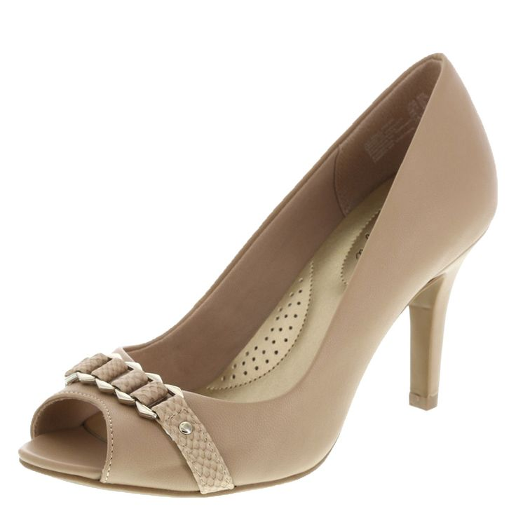 25 best ideas about comfortable wedding shoes on for Comfortable wedding dress shoes