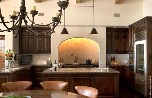 A fabulous British colonial kitchen with modern amenities
