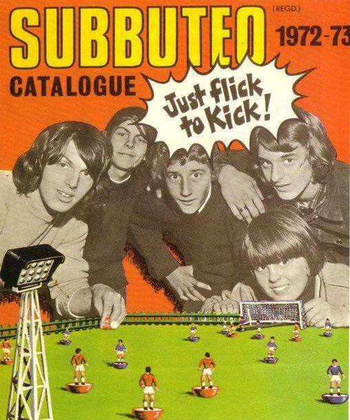 """""""Vuoi venire da me che giochiamo a Subbuteo?"""" (p.113, ed. 2011); Il Subbuteo è un gioco da tavolo nel quale viene riprodotto, in miniatura, il gioco del calcio."""