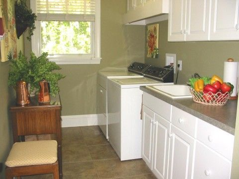 Benjamin Moore Olive Branch -- for the kitchen?