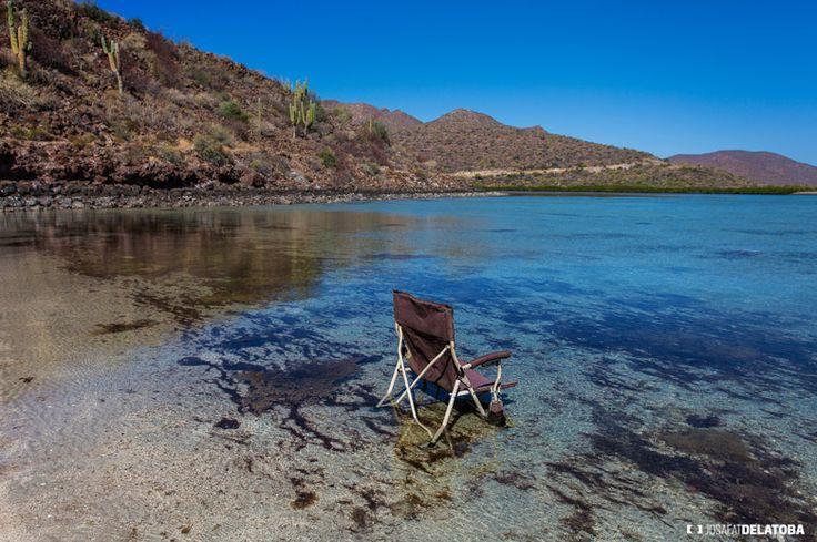 Enjoyn Peace in Bahía Santispac  #josafatdelatoba #bajacaliforniasur #mexico #sea #bahiasantispac #cabophotographer