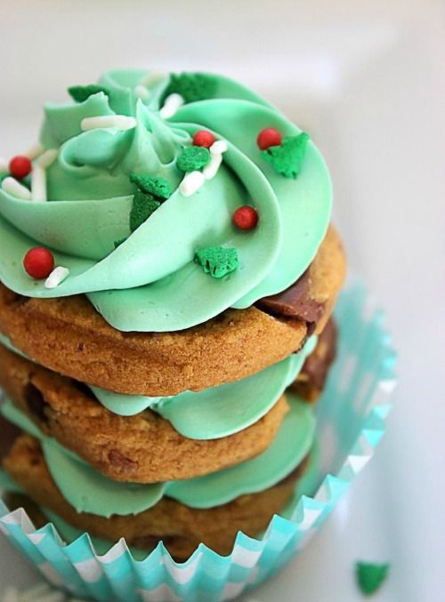 Christmas Trees Cookie Stacks - perfect for my little frosting lovers.