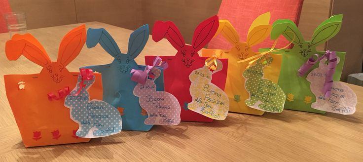 Coniglietti Pasquali: bustine fai-da-te porta ovetti di cioccolato......