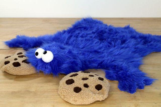 もぐもぐとクッキーを食べる青い色のモンスターといえば…そう、クッキーモンスター! 誰もが知るセサミストリートの […]