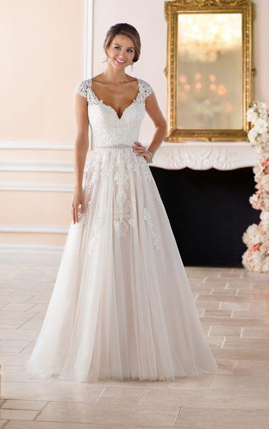 118 best Wedding dresses images on Pinterest