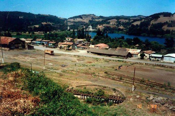 Galería Histórica de Carahue. Cuentos Villanos.  Villa Estación, Carahue, 1999.