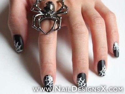 Nice spider Halloween nail art - Nail Designs & Nail Art