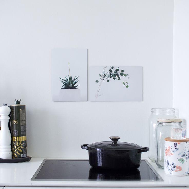 Simple & small metal prints in kitchen | Beyondprint