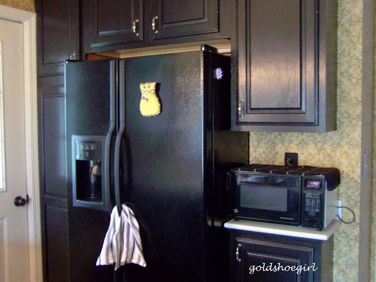 Kitchens With Black Appliances Photos