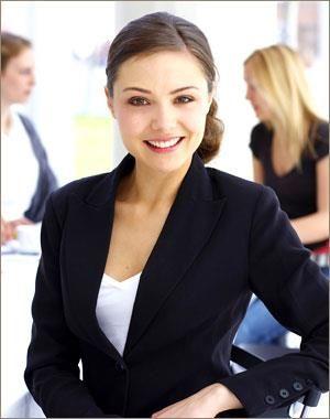 Костюмы и прически для бизнес леди