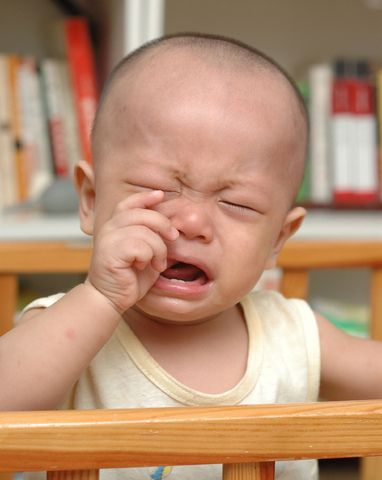 Infant Fevers And How To Treat Them http://babies411.com/information-station/illnesses/infant-fevers-and-how-to-treat-them.html