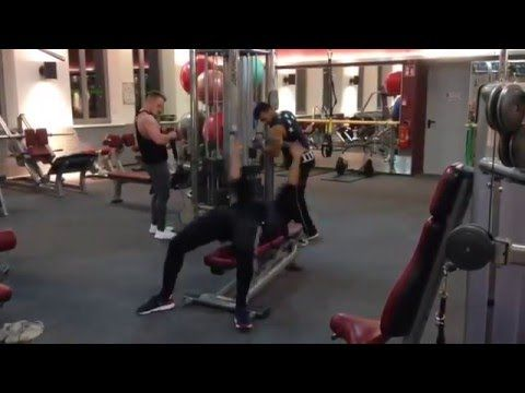 Funny Gym Video : How a Guy Making Workout in the gym with lot of fun - YouTube
