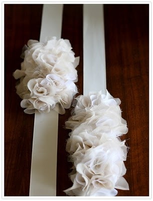 waist sashes or head bands?: Idea, Fabrics Flower, Ruffles Belts, Diy'S Headbands, Diy'S Ruffles, Head Band, Ruffli Belts, Flower Girls, Crafts