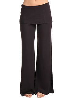 The Satori Pant transitions seamlessly from the café to the yoga studio with its chic, versatile design. Totally want this to be my lounge and home pant.