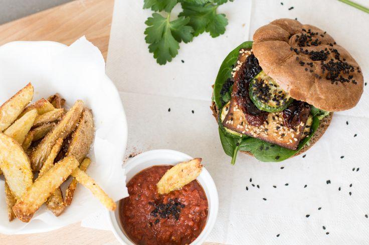 annalaurakummer, pommes frites, veganer Burger, rezept, ketchup, hausgemacht, österreichische bloggerin, austrian, rezept, essen, vegan