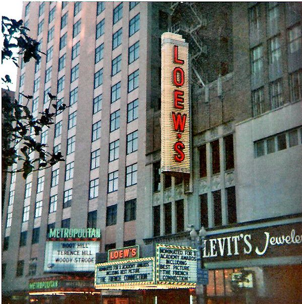 Majestic And Loew S On Main Street In Houston In The 50s 60s Houston History Historic Houston Houston