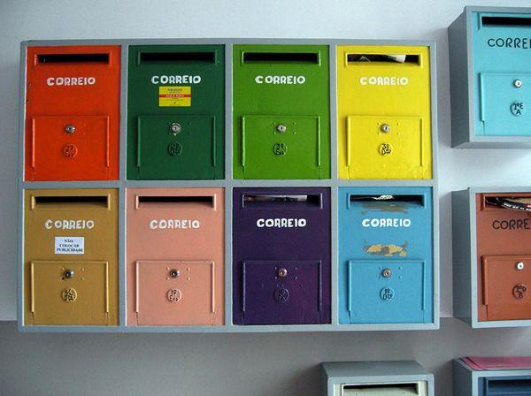 Lovely MailboxesEms Cores, Caixa De Correio, Colours Inspiration, Cx Correio, Colours Rainbows, Cores De, Mail Boxes, Letters Boxes, Post Boxes