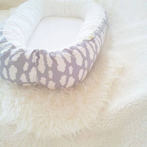 Babynest - baby nest / Grey with white clouds