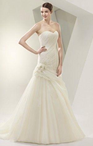 Brautkleid Enzoani BT 14-27 : Marry4love - Verleih und Verkauf von Brautkleidern, Abendmode und Accessoires in Berlin