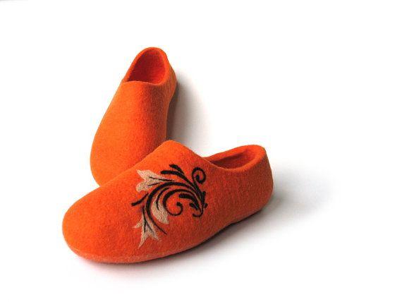 Warm gift Slippers for women Woolen orange slippers by FeltingLT