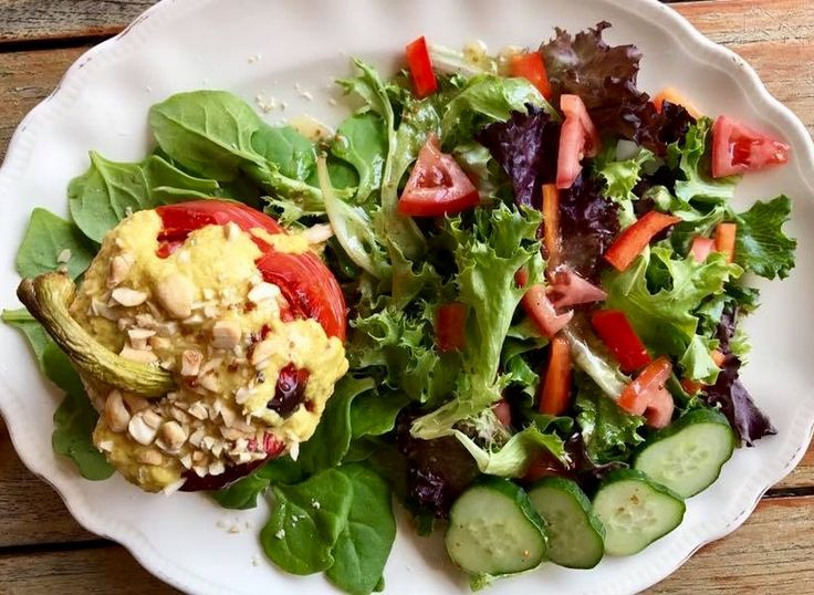 Roasted red pepper stuffed with flavoured couscous,  and a garden salad.   Nom nom nom!