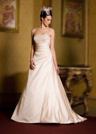 http://www.thebridaloutlet.co.nz/christina-rossi-cr1014b18.html