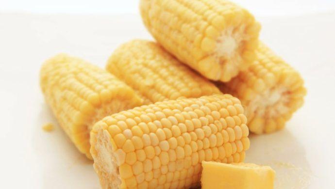 Maiskolben kochen: 4 verführerische Rezeptideen