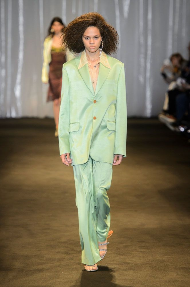 The Top 15 Fashion Trends Of The Spring 2018 Runways