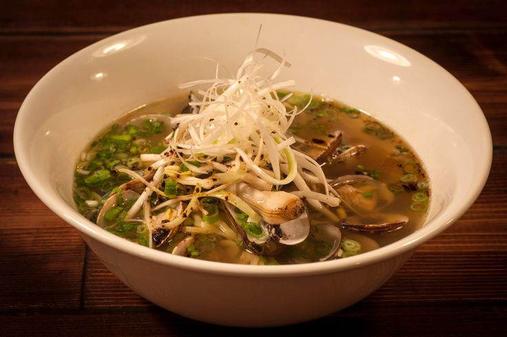 High Five Ramen Chicago, Illinois dinner possibility
