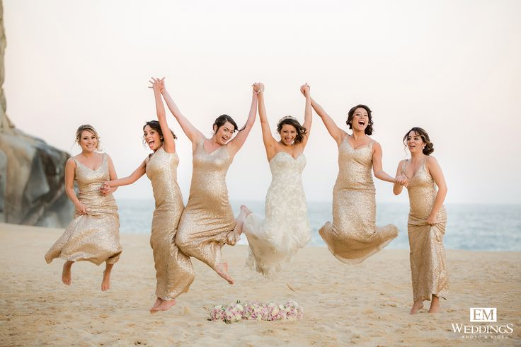 Bride and Bridesmaids at Grand Solmar Los Cabos. #emweddingsphotography #destinationweddings