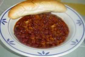 fazolový guláš s klobásou | recept