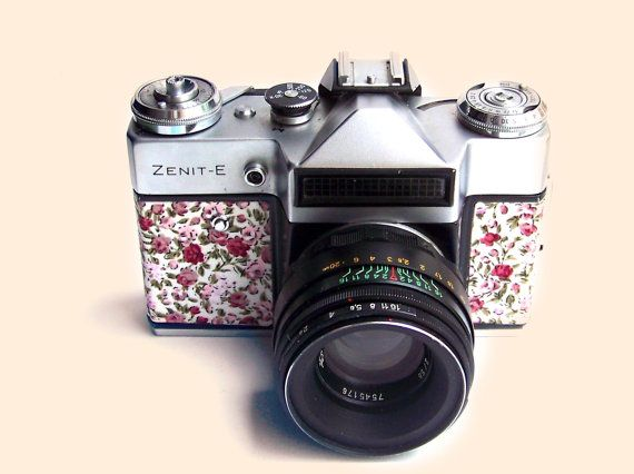 Functional Vintage Soviet Russian LOMO Camera ZENIT E 35 by Mydd