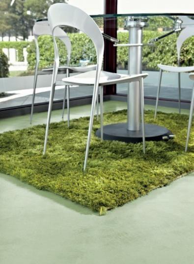 Designová podlahová stěrka Microtopping v zelené barvě. / Design floor coating Microtopping in green color, Boca Praha. http://www.bocapraha.cz/cs/produkt/646/microtopping-podlahova-designova-sterka/