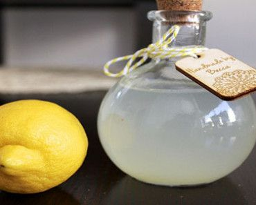 How-To-Vanish-Wrinkles-With-a-Simple-3-Ingredient-Face-Toner-Recipe
