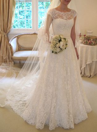 this has been my favorite wedding dress EVER for a long time. It's perfect and exactly what I want..