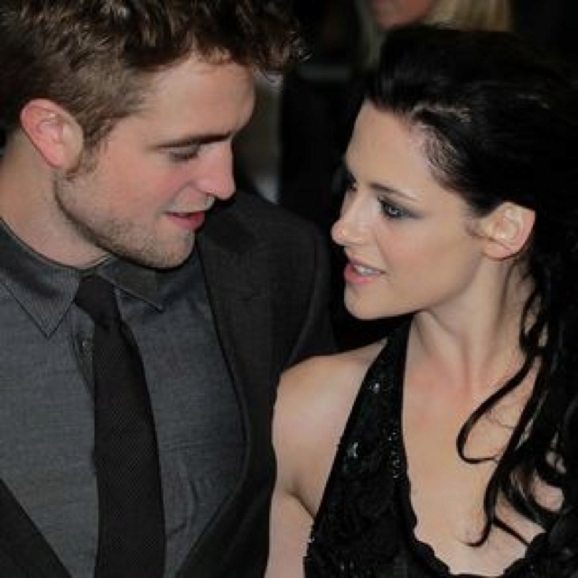 Robsten Dreams: Robsten Pic of the Day ~ The way they look at each other.  Always in their bubble.