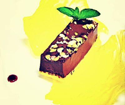 Assaggi di Teatro: Giovanni Grasso e Igor Macchia per Il mare di Paolo Poli http://www.roma-gourmet.net/sito/?p=23899 (Fotografia © La Credenza) #cioccolato #dolce #dessert #chocolat #yellow #igormacchia #giovannigrasso #lacredenza #piedmont #tourin #torino #italy #italiancuisine #chef #food #michelin #assaggiditeatro #romagourmet