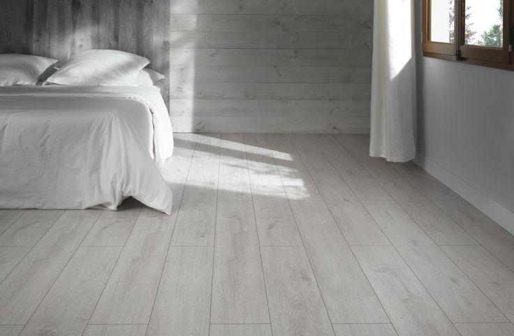 Le lambris Inspiration transporte instantanément votre chambre au cœur des grands espaces avec sa finition