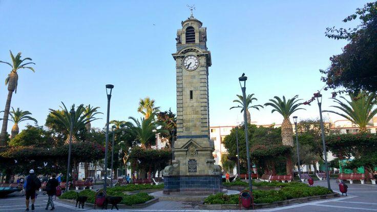 Reloj de la Plaza Colón de Antofagasta.