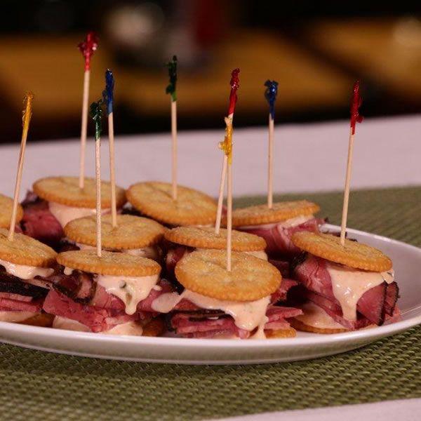 RITZ Pastrami and Corned Beef Mini Sandwich | Make a bite-sized version of Carnegie Deli's most popular menu item, the Woody Allen Sandwich using Ritz Crackers!  #RITZNYBlitz