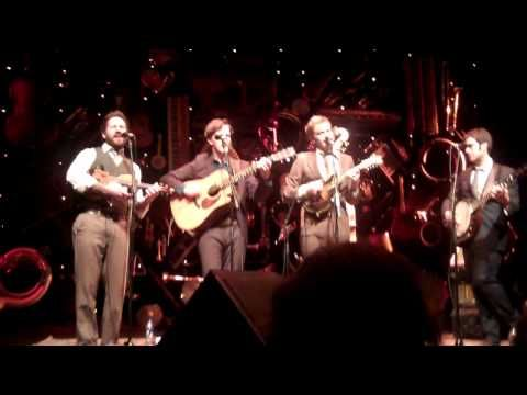 "Punch Brothers' excellent cover of ""Paperback Writer"""