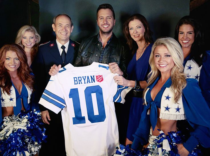 IT's OFFICIAL! Luke Bryan will perform during halftime of the Cowboys' Thanksgiving game, which officially kicks off The Salvation Army's Red Kettle Campaign.