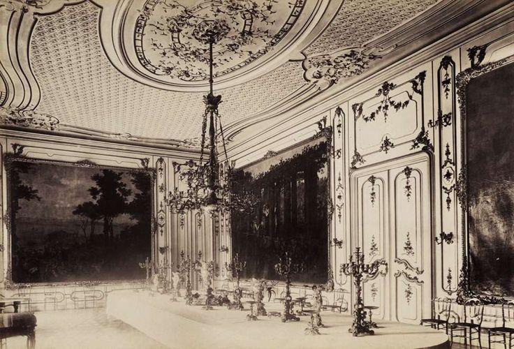 Krisztina körút 55., a Karátsonyi-palota (lebontották) ebédlője. A felvétel 1895-1899 között készült. A kép forrását kérjük így adja meg: Fortepan / Budapest Főváros Levéltára. Levéltári jelzet: HU.BFL.XV.19.d.1.11.080