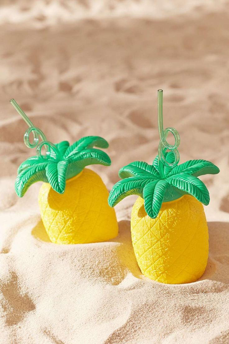 SKINT/MINT Pineapple To-Go Sipper Cup Urban Outfitters £10  Pineapple cocktail cups bring some fun to your summer picnic.