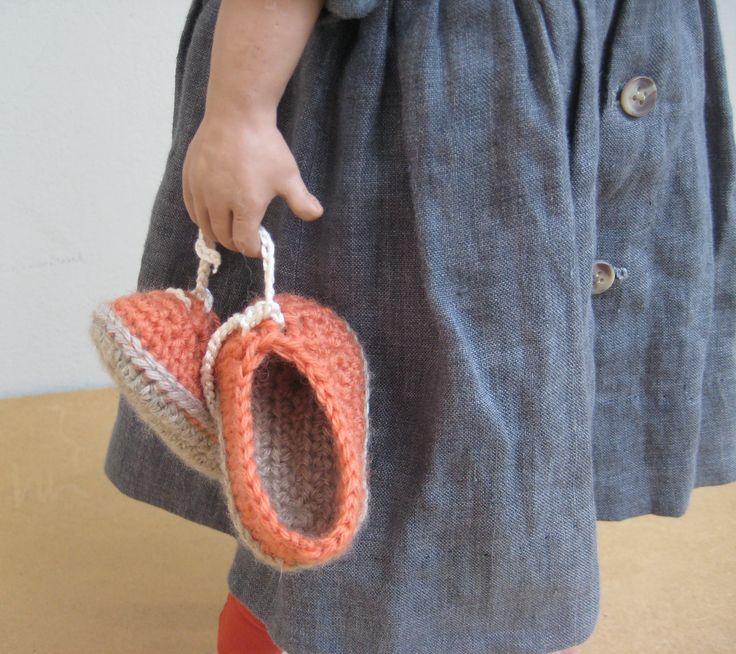 Η Ηώ, με... τα παπούτσια στο χέρι