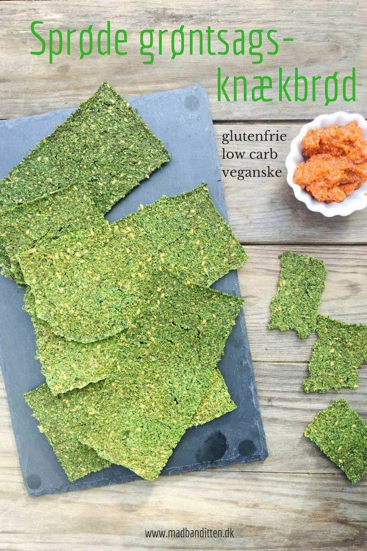 Sprøde grøntsagsknækbrød med lækker urtesmag - glutenfrie, kornfrie, low carb og veganske (dehydrator opskrift) --> Madbanditten.dk